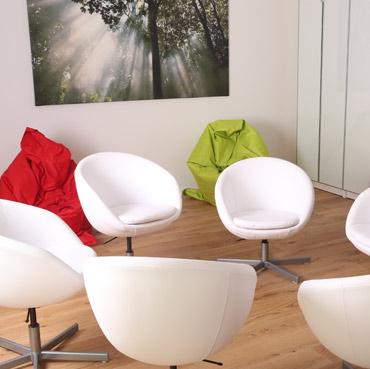 raumvermietung in berlin spandau konferenzraum workshopraum in der location berlin mieten. Black Bedroom Furniture Sets. Home Design Ideas